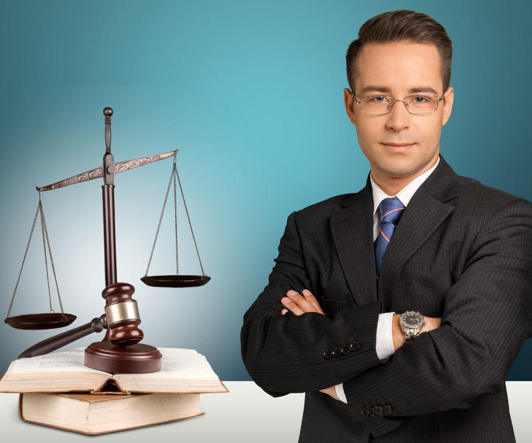 estudiar derecho a distancia