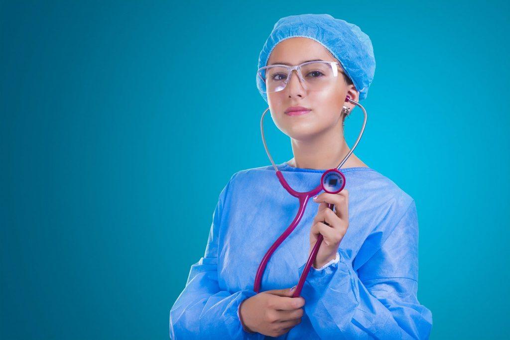 requisitos-para-estudiar-enfermeria-1
