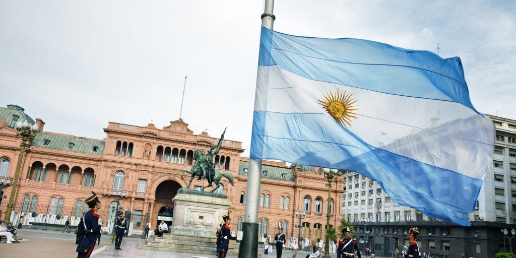 becas-para-estudiar-en-argentina-4