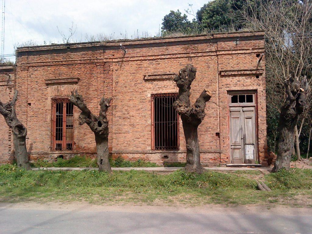 ocupar-una-casa-abandonada-en-argentina-2