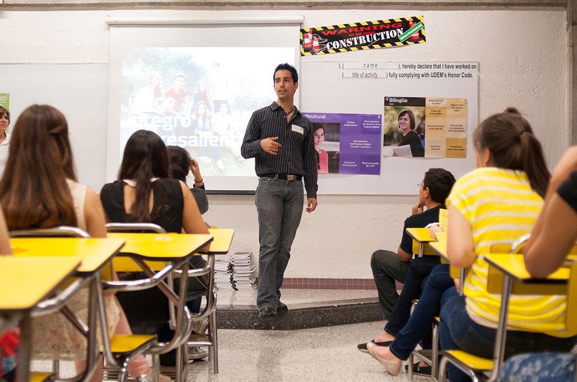 Cómo-ser-maestro-de-preparatoria-en-México-1