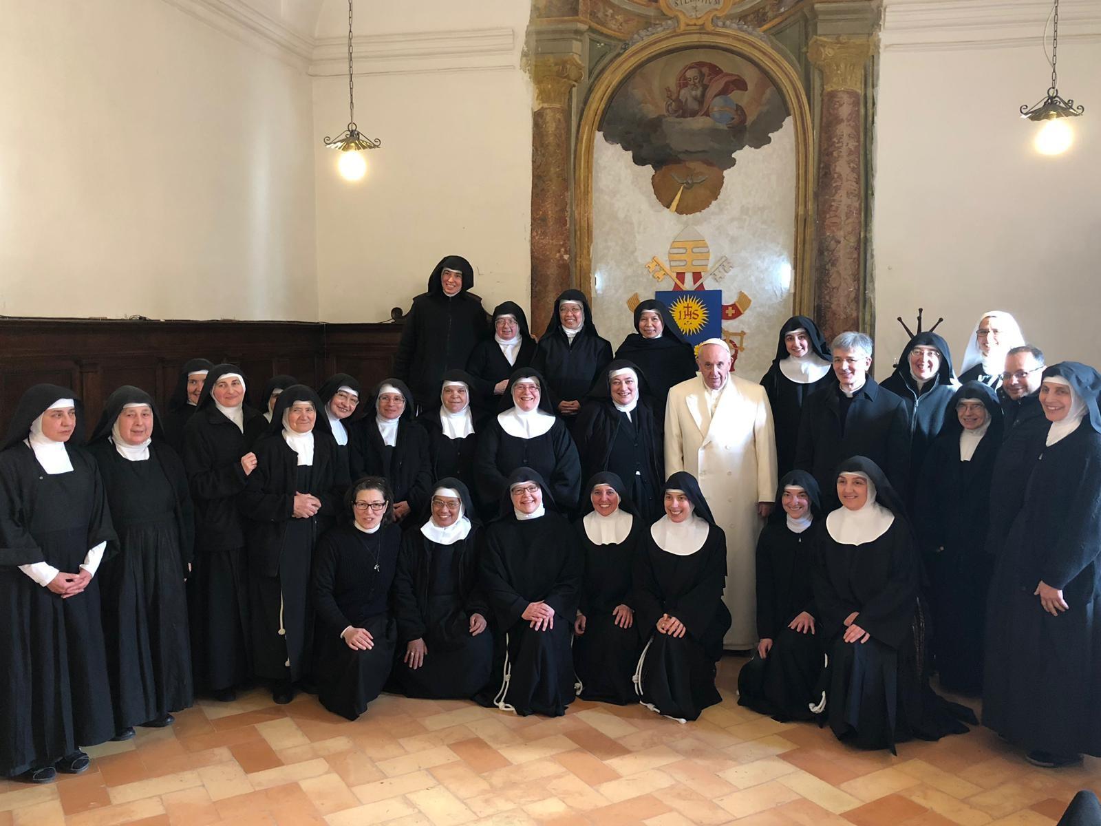 requisitos para ingresar en un convento